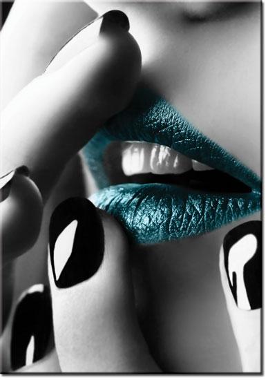 plakat paznokcie i usta