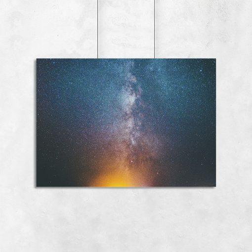 Plakat niebieski z motywem galaktyki