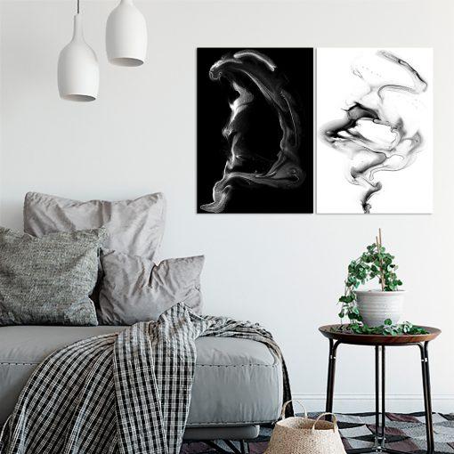 Dwa czarno-białe plakaty do salonu