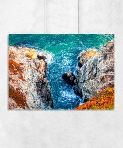 Plakat z widokiem na morze i skały
