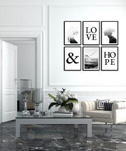 zestaw plakatów z typografią