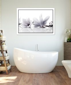 kwiatowy motyw z magnolią