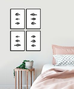 Zestaw czterech plakatów czarno-białych do sypialni