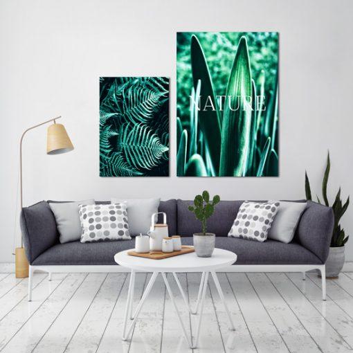 Dwa zielone plakaty do dekoracji salonu