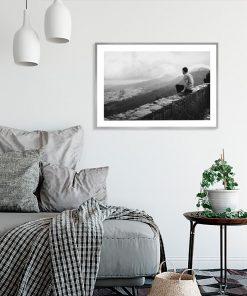 Plakat góry i mężczyzna