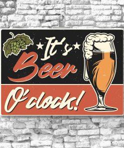 plakat przedstawiający szklankę piwa