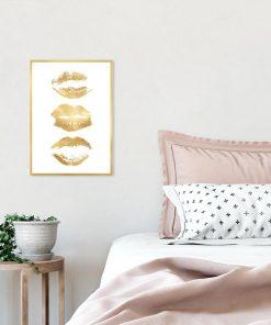 plakat ze złotymi ustami