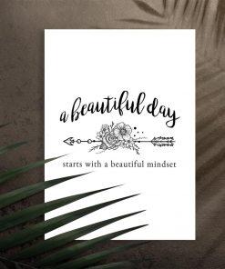 plakat z sentencją o pięknym dniu