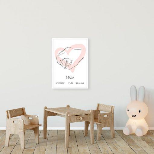 Artystyczny plakat dla dziewczynki z motywem różowego serduszka