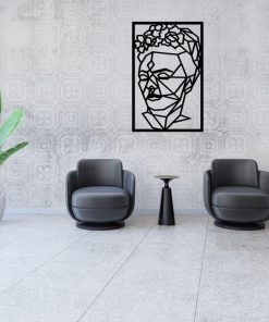 Przestrzenny panel dekoracyjny z kobieca postacią