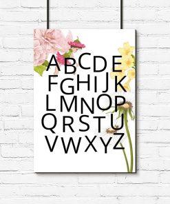 Plakat z alfabetem i kwiatkami do pokoju dziewczynki