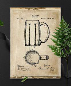 Plakat w sepii z kuflem do piwa