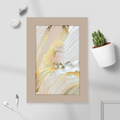 Żółta abstrakcja na plakacie