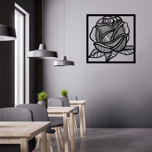 Ażurowa dekoracja z różą