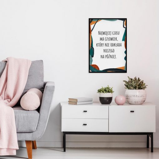 Artystyczny plakat z cytatem o czasie do sypialni