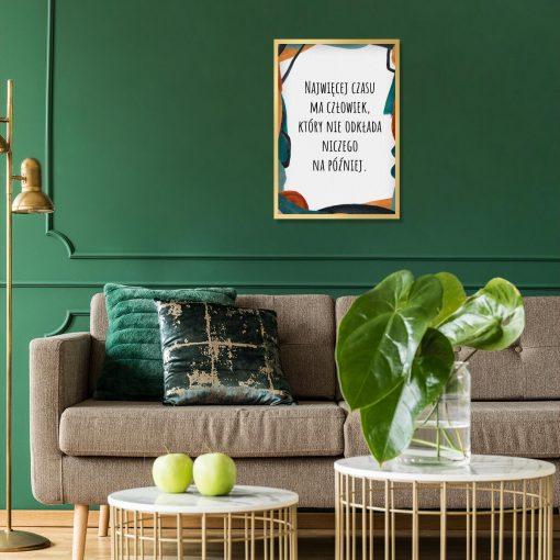 Artystyczny plakat z cytatem o czasie do salonu