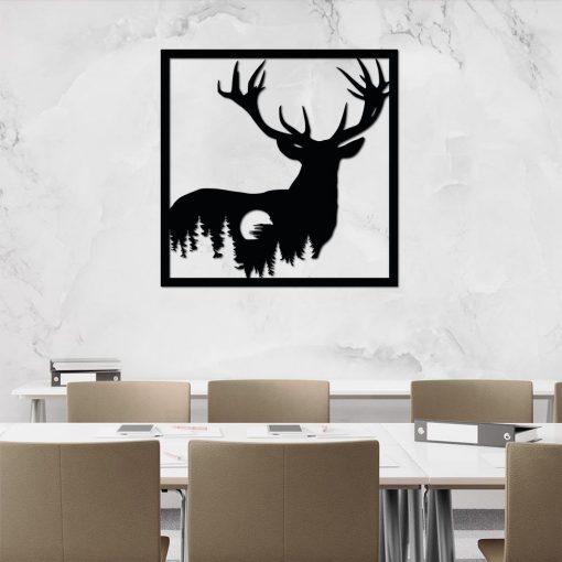 Leśna dekoracja ażurowa