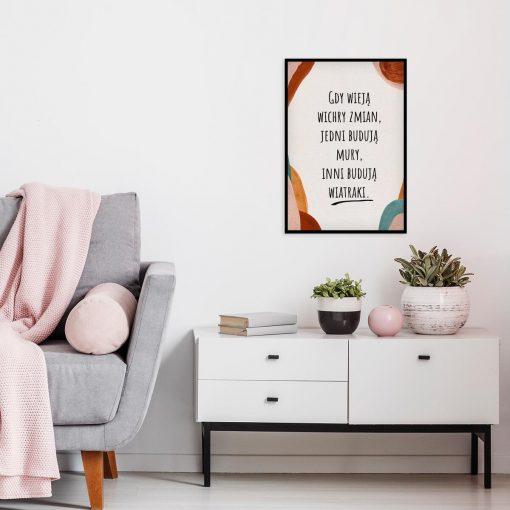 Artystyczny plakat z życiową maksymą do salonu