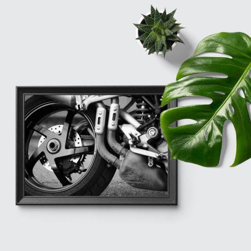 Plakat z motorem dla mężczyzn