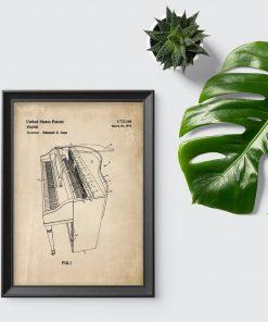 Plakat z projekt budowy fortepianu