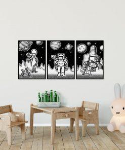 Tryptyk plakatowy z astronautą